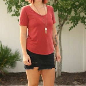 White House black market scoop neck coral rounded